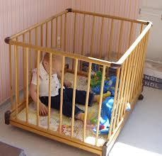 A bababiztonsági eszközök védelmet nyújtanak